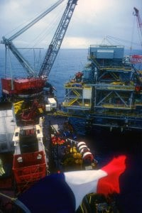 Modular techniques were used in the ESSO Onshore/Offshore Drilling and Production Platform off of the Ivory Coast. Image source: Fluor