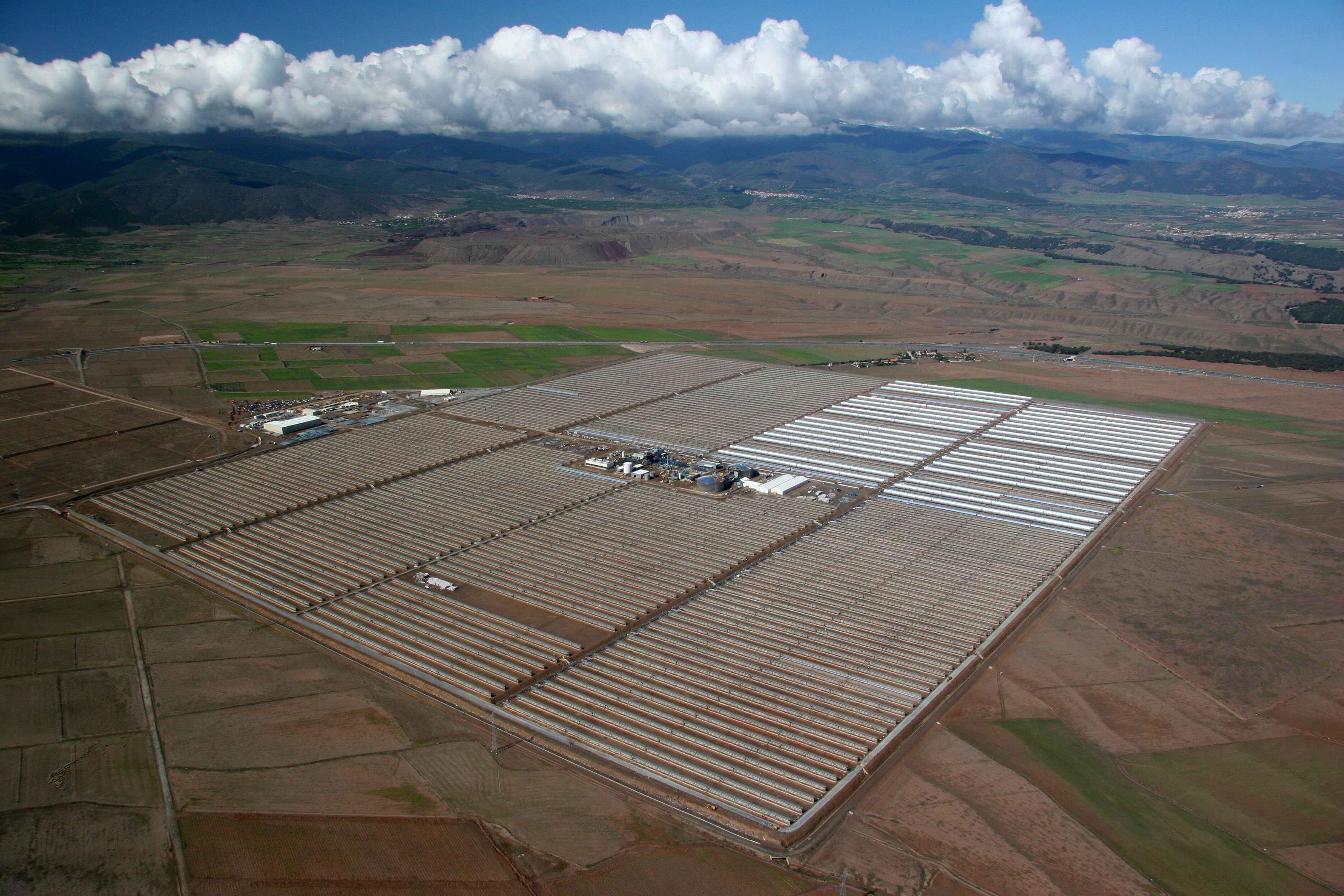 Facility Uses Sun Heated Sand To Produce Energy