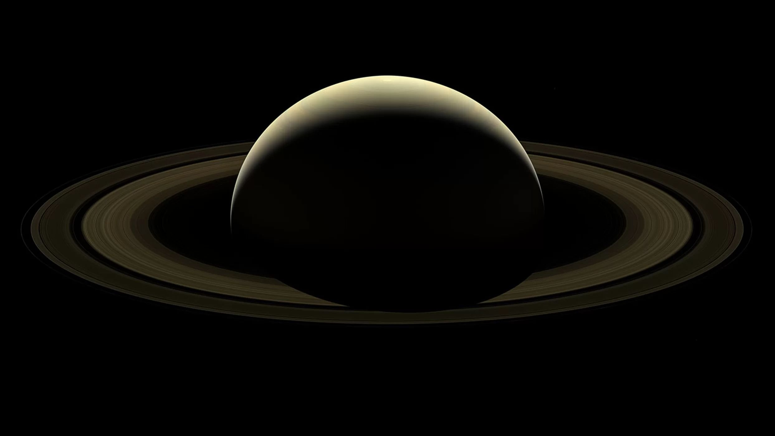 The Most Beautiful Pictures Of Saturn Ever Taken Courtesy