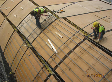 Installing re-steel around Unit-3 tailrace at Cannelton in 2012. Credit: AMP
