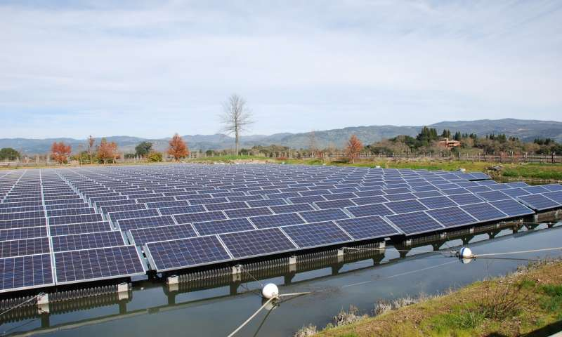 A floatovoltaic installation at Far Niente Winery in Oakville, Calif., comprises nearly 1,000 solar panels floating on pontoons on the vineyard irrigation pond. Source: Far Niente Winery