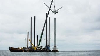 The world's first offshore wind farm is being dismantled. (Source: DONG Energy)