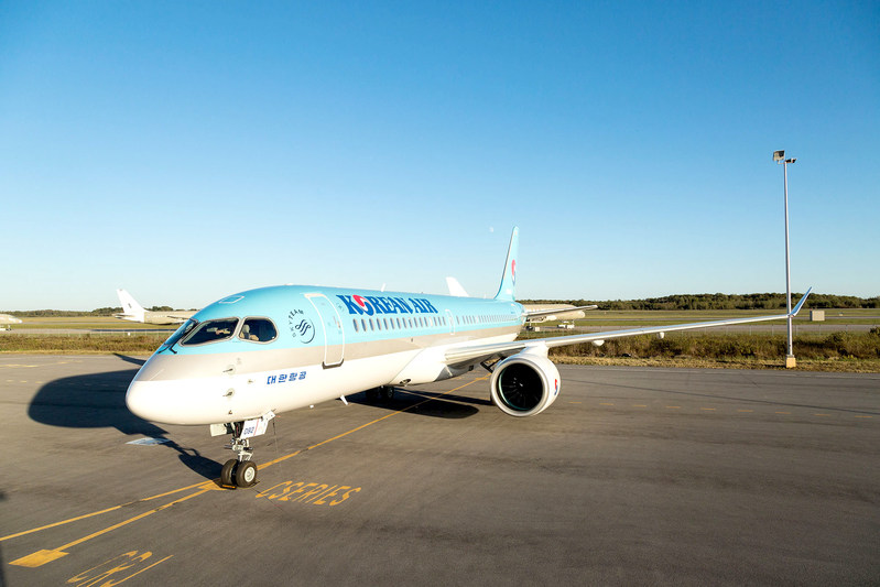 Pratt & Whitney and Korean Air Lines celebrated delivery of the airline's first Bombardier CS300 aircraft powered by Pratt & Whitney's Geared Turbofan™ engine. Source: Pratt & Whitney
