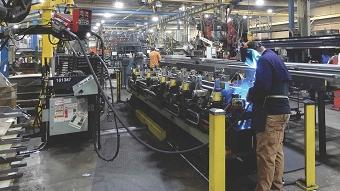 Using portable laser vision to improve weld quality