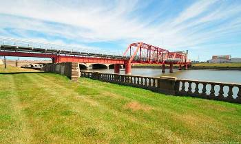 Des Moines city officials spent $3 million to raise the Red Bridge 54 inches.