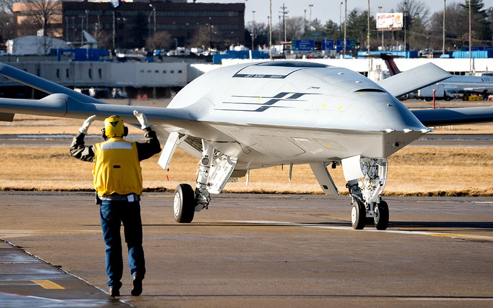 Boeing's prototype MQ-25 taxiing on the runway. Source: Boeing